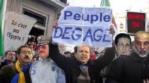 ALGÉRIE / Sourd aux problèmes des citoyens, le pouvoir fait montre que son souci se limite à sa propre survie dans ACTUALITÉ peuple-degage-5