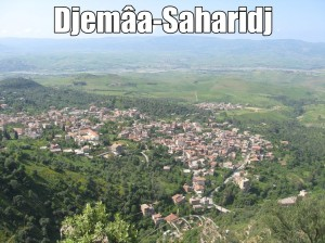 LE POÈTE DE DJEMÂA-SAHARIDJ / À la découverte de L'hadj Arezki Ouhouach, dans son intimité dans CULTURE village-djemaa-saharidj-bis-300x224